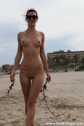 [HotKinkyJo] BONUS: See trought bikini & nude at public beach