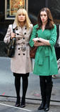 http://img198.imagevenue.com/loc187/th_73427_celeb-city.org_Kate_Hudson_Anne_Hathaway_candid_on_the_set_of_Bride_Wars_05-28-2008_003_123_187lo.jpg