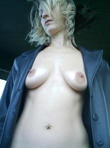 http://img198.imagevenue.com/loc252/th_107108691_Sensual_saggy_Nina_gets_horny_when_flashing_in_nature_1_123_252lo.jpeg