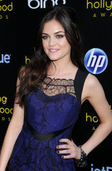 http://img198.imagevenue.com/loc468/th_212280672_LucyHale_2011YoungHollywoodAwards_3_122_468lo.jpg