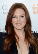 Julianne Moore - Gorgeous & Cleavy, 'What Maisie Knew' premiere at the 2012 TIFF - 09/07/12