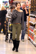 th 86223 Gomezlq2 123 510lo Selena Gomez   grocery shopping in Encino 01/14/12