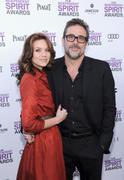 http://img198.imagevenue.com/loc527/th_351036306_Film_Independent_Spirit_Awards_Feb_25_4_122_527lo.jpg