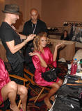 th_96898_fashiongallery_VSShow08_Backstage_AlessandraAmbrosio-52_122_547lo.jpg