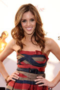 http://img198.imagevenue.com/loc971/th_72096_Hollywood_Life5s_11th_Annual_Young_Hollywood_Awards_007_122_971lo.jpg